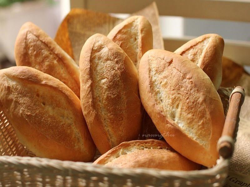 Bánh mì là phương pháp đơn giản giúp giảm mệt mỏi khi đi tàu xe