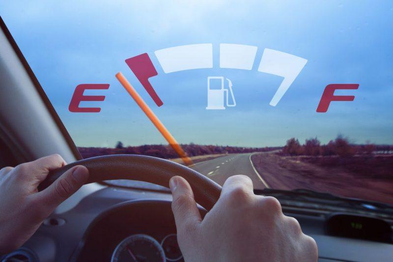 Ô tô chết máy giữa đường: Nguyên nhân và cách xử lý
